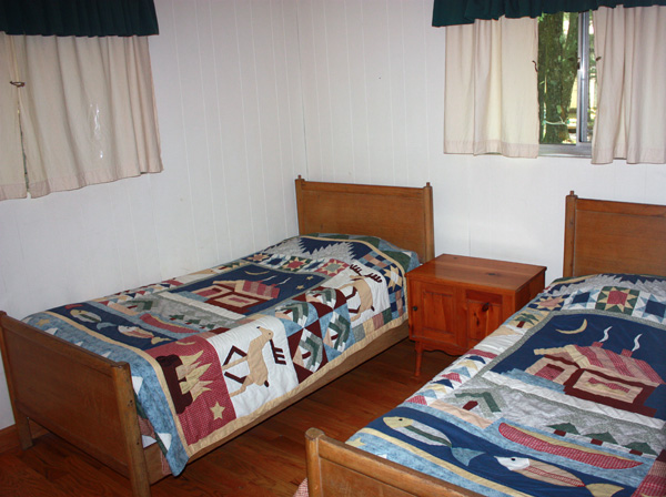 Wild Turkey Riverfront Cabins - Bedroom #3 with Twin Beds